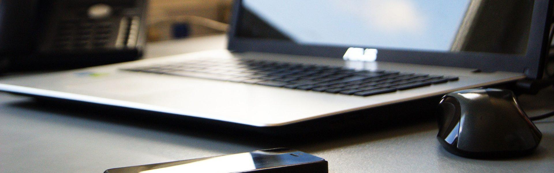 ordenador y móvil
